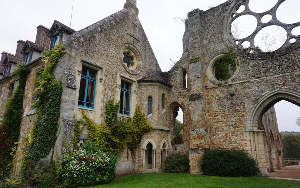 Abbaye de Cernay fachada