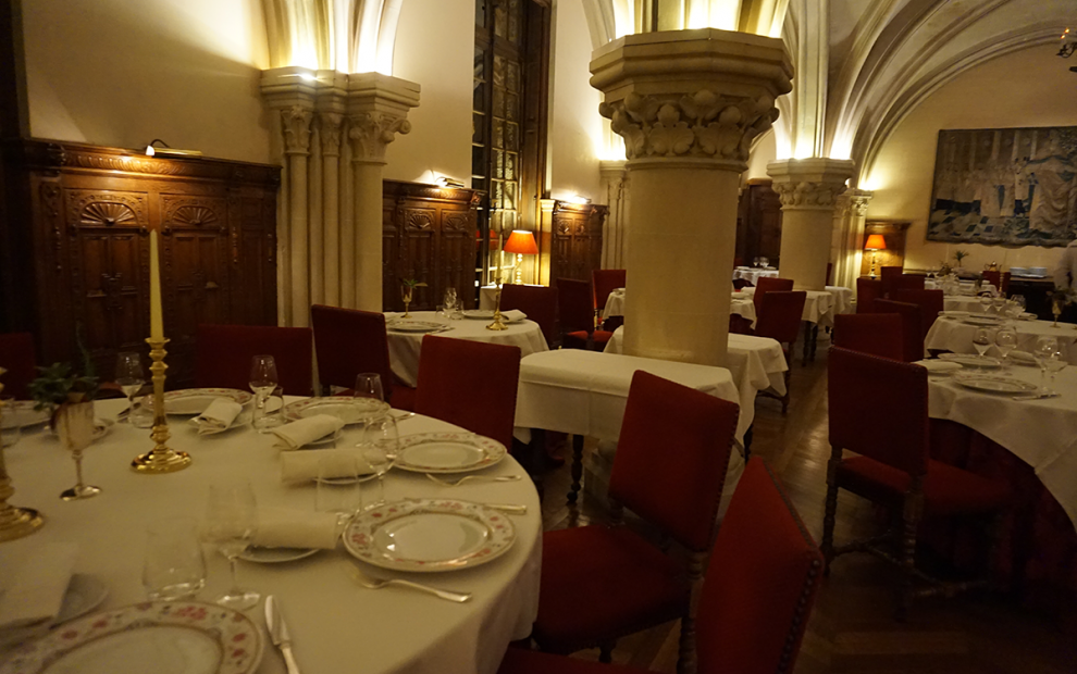 Abbaye de Cernay noite restaurante