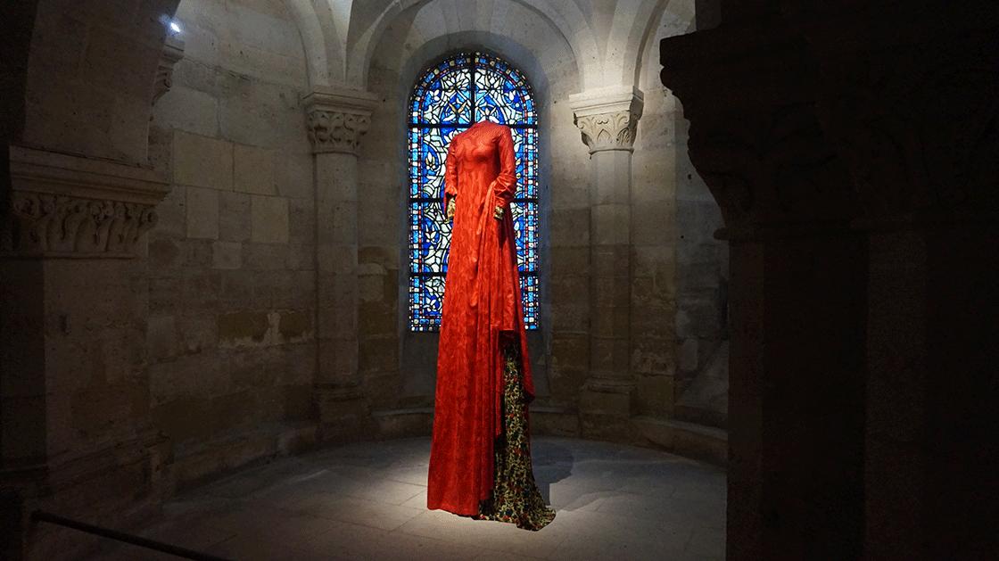 expo-vestidos-rainhas-vermelho