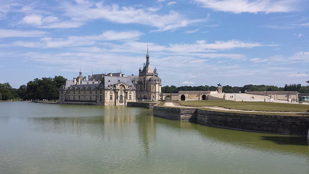 Castelo de Chantilly perto de Paris