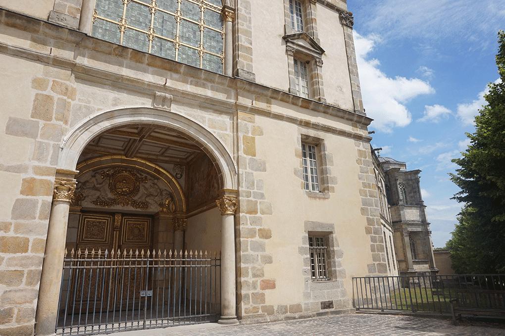 Fontainebleau-arq