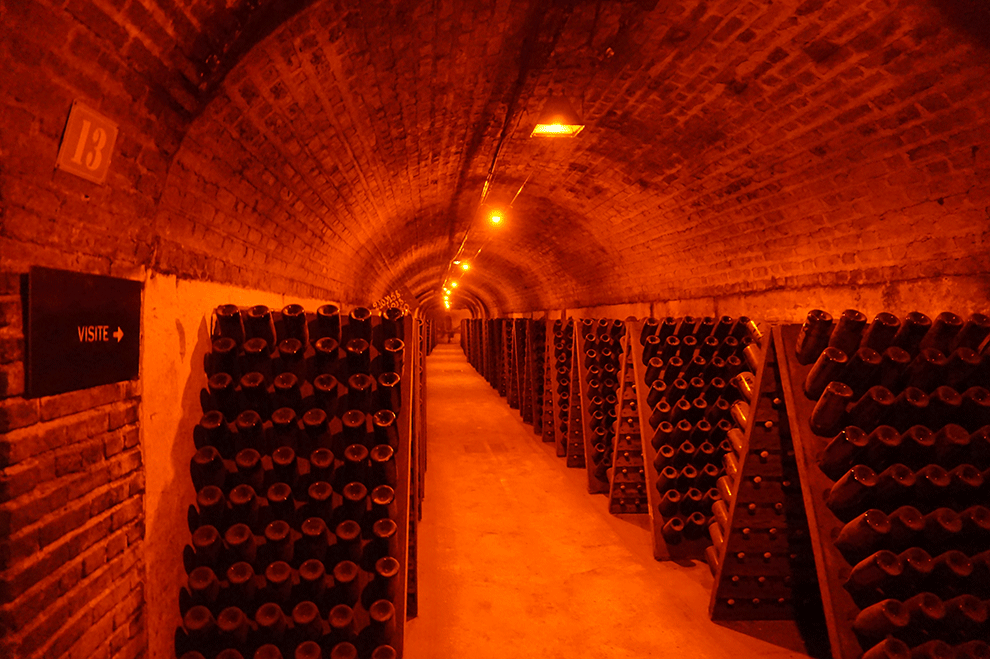As historicas caves da Moët & Chandon