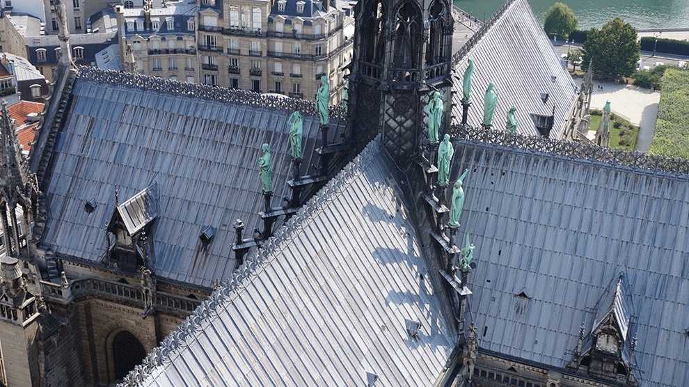 Notre-Dame-apostolos-1