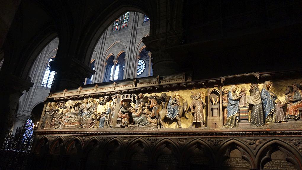 Notre-Dame-interior-1