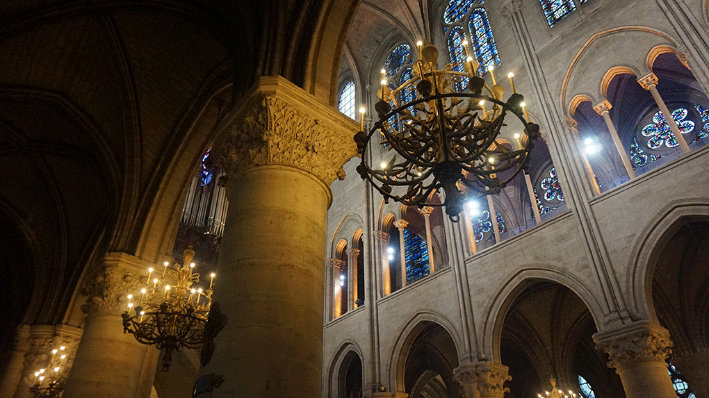 Notre-Dame-interior-2