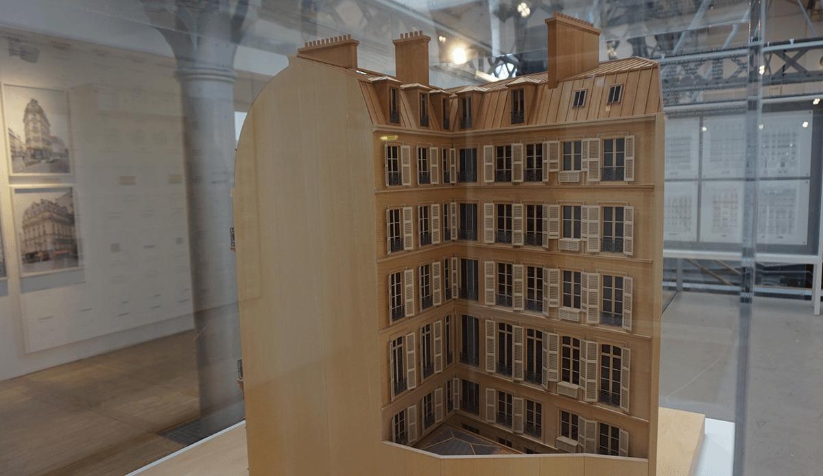 Maquete de um prédio de Paris