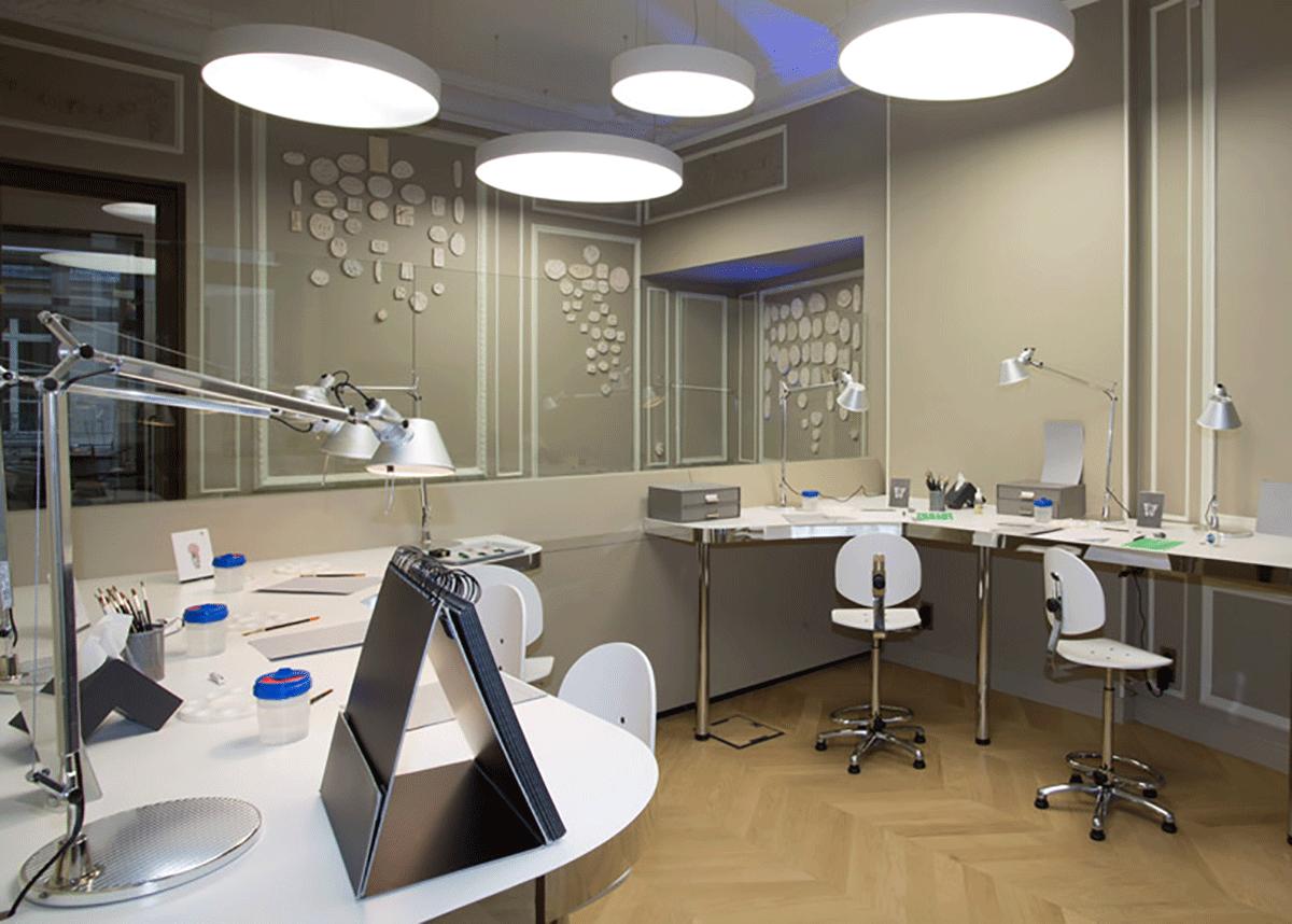 sala para estudo de técnicas de desenho de joias