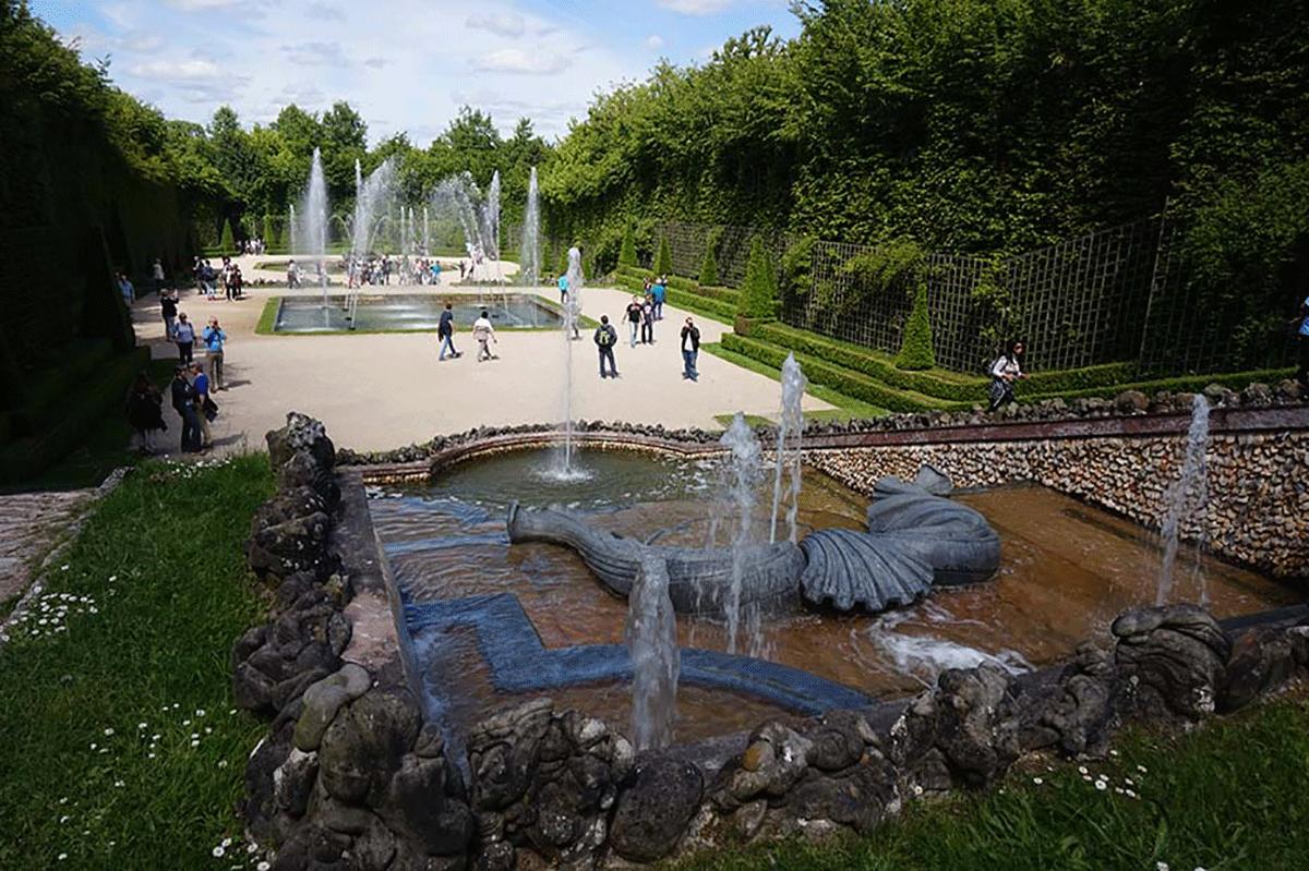 Fontes dos Jardins de Versalhes