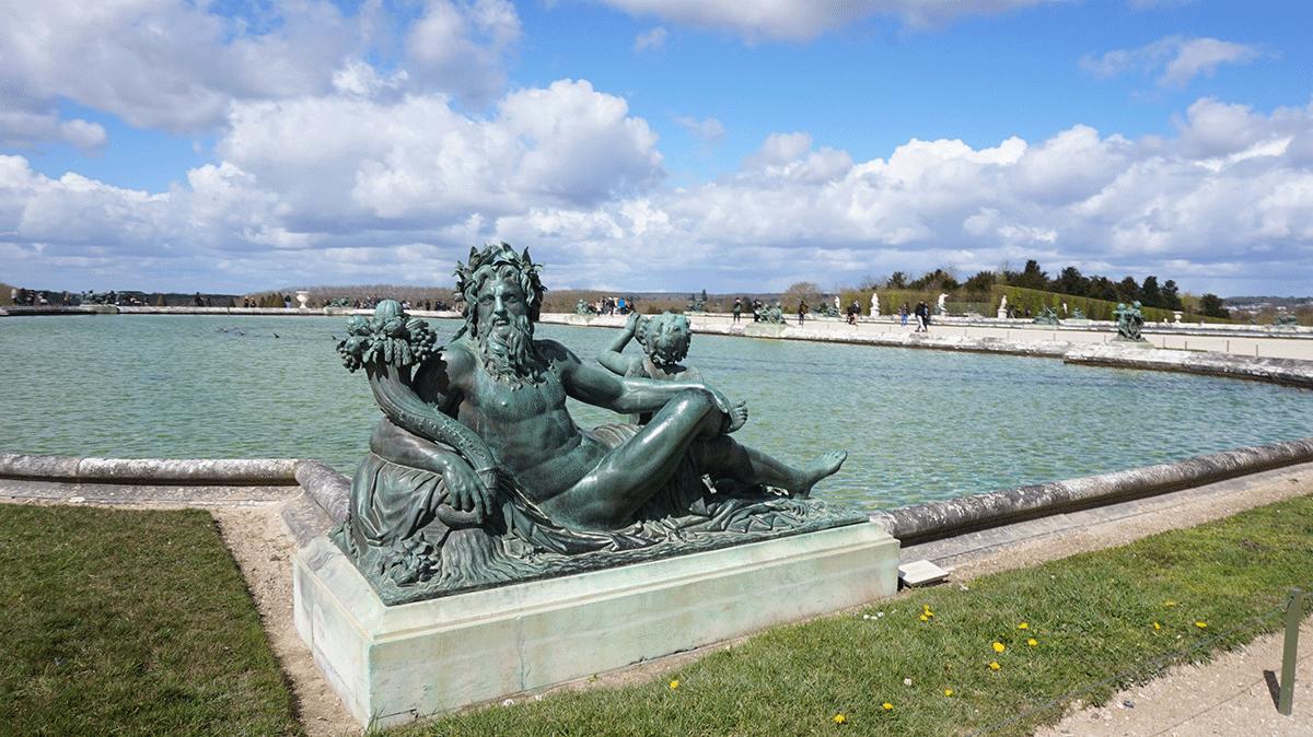 esculturas dos jardins de Versalhes
