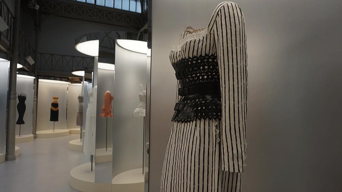 Coleção de Alaia inspirada na Marquesa de Pompadour
