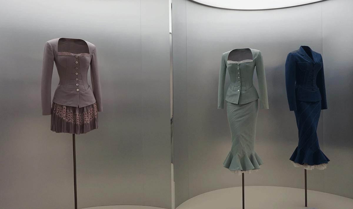 Exposição de moda em Paris Alaia
