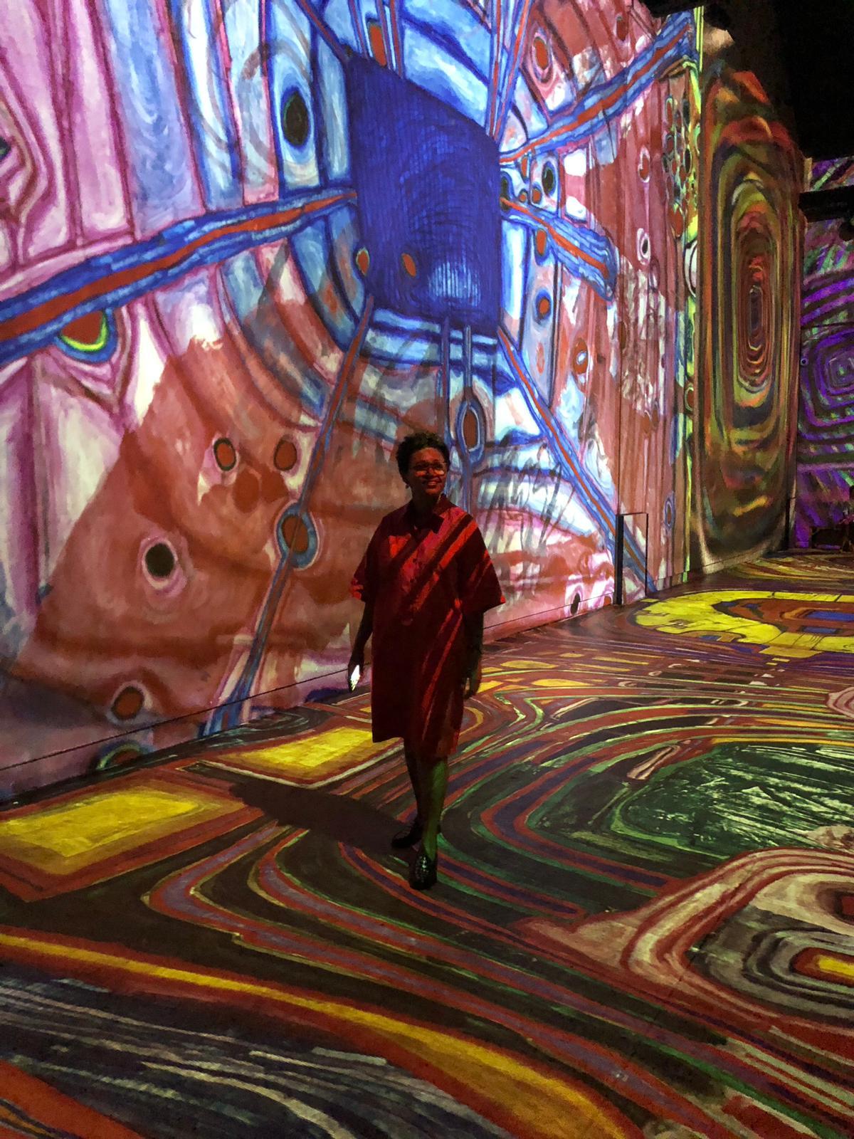 Edis Lima Guia Cultural na exposição Klimt.