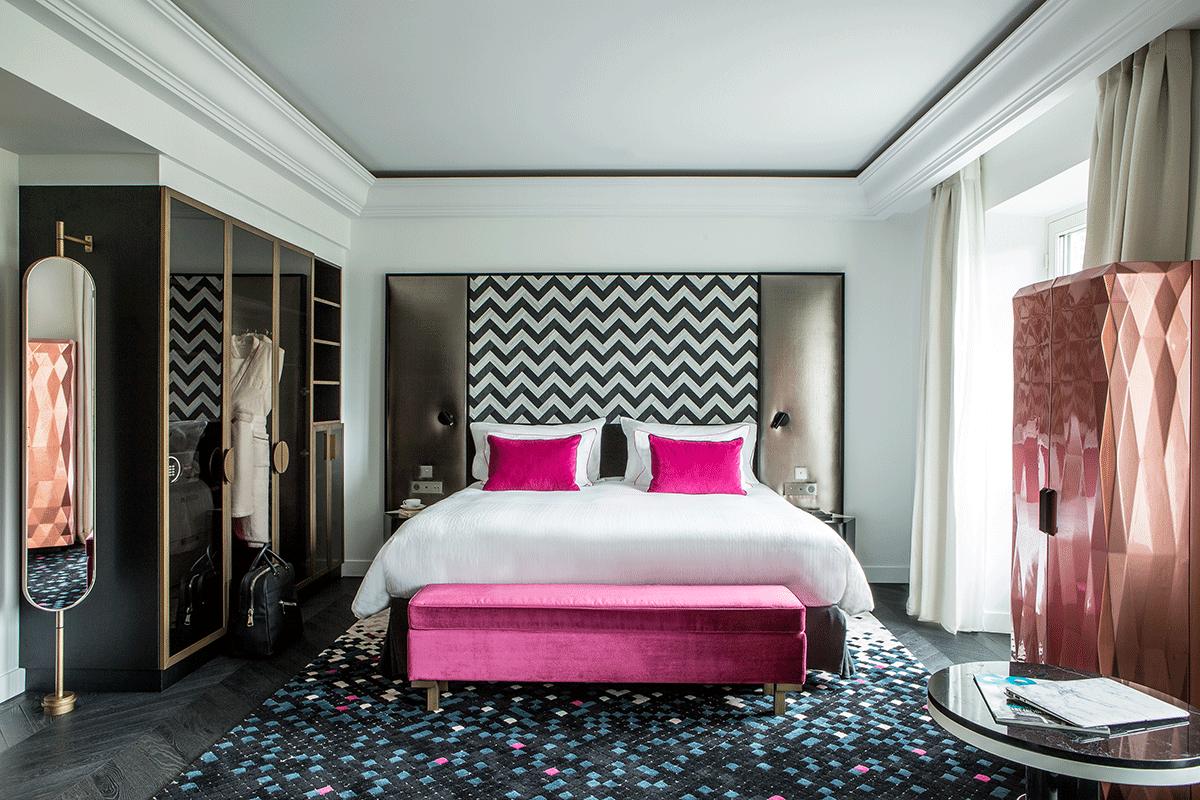 Quarto de hotel maravilhoso em Paris