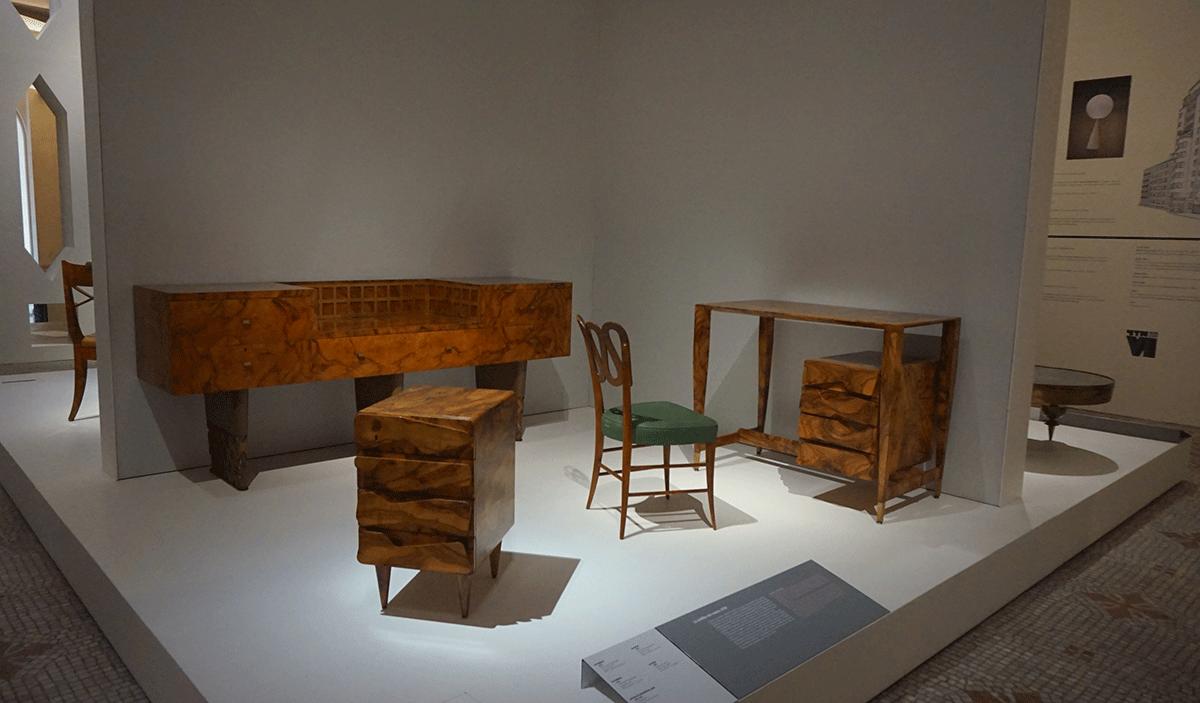 Movéis designer milanês em Paris