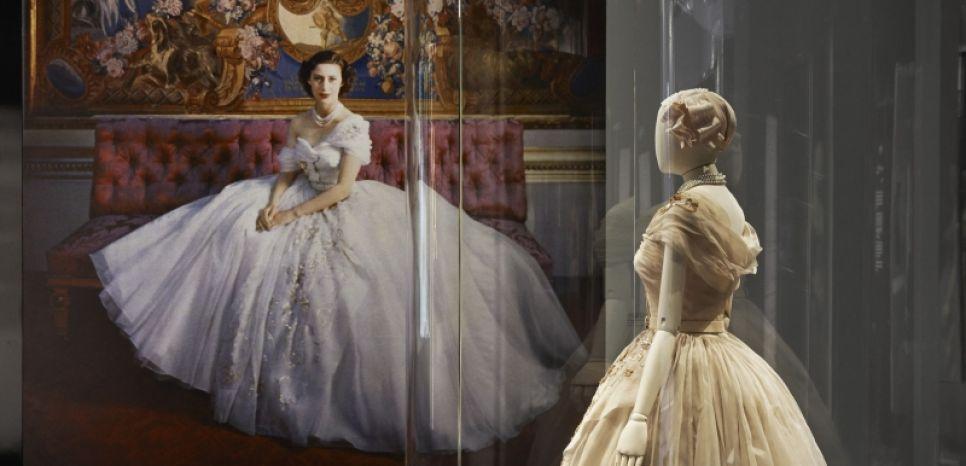 vestido de princesa Dior em Londres