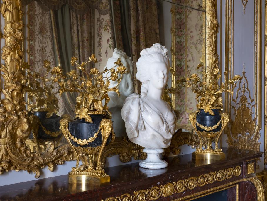 reabertura do querto da rainha no castelo de Versalhes