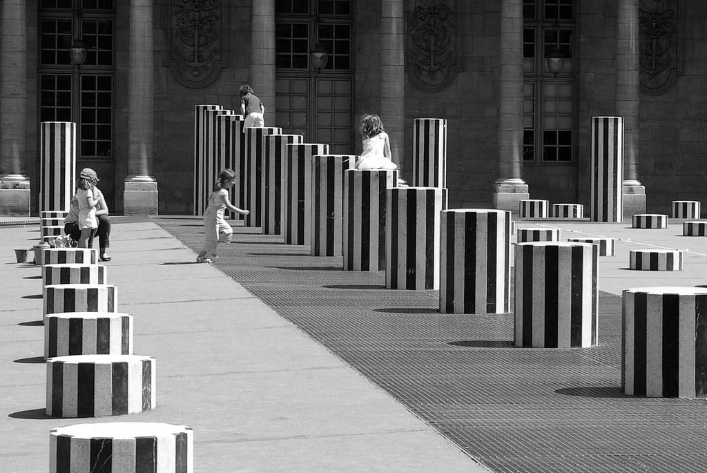 crianças no Palais Royal