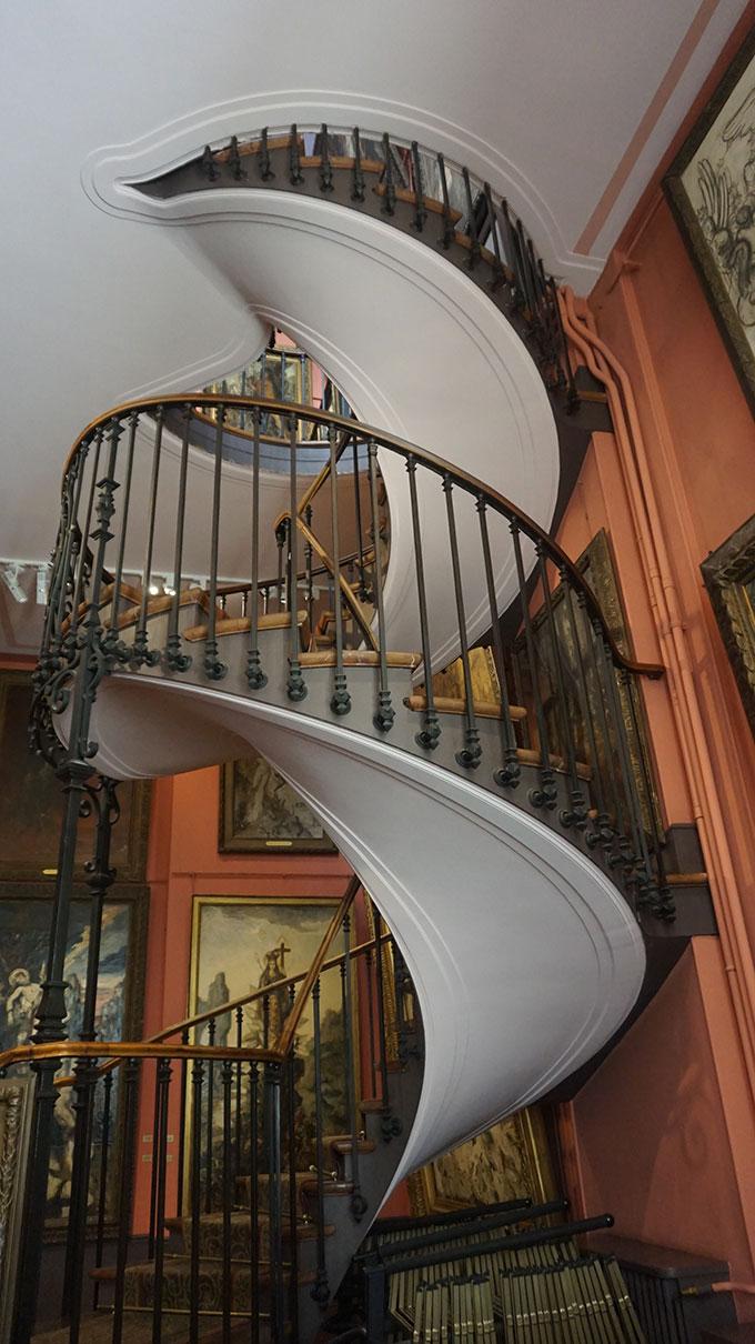 Esacada Museu Gustave Moreau